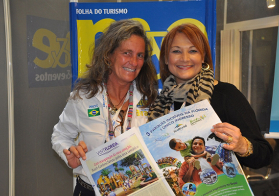 Mari Masgrau, do M&E, com Lisha Duarte, do SeaWorld